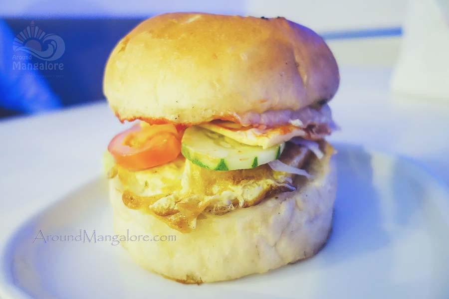 Chefs Supreme Chicken Burger - Chefs Xinlai Restaurant, Mangalore