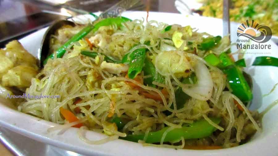 Chicken Meifoon - Chefs Xinlai Restaurant, Mangalore