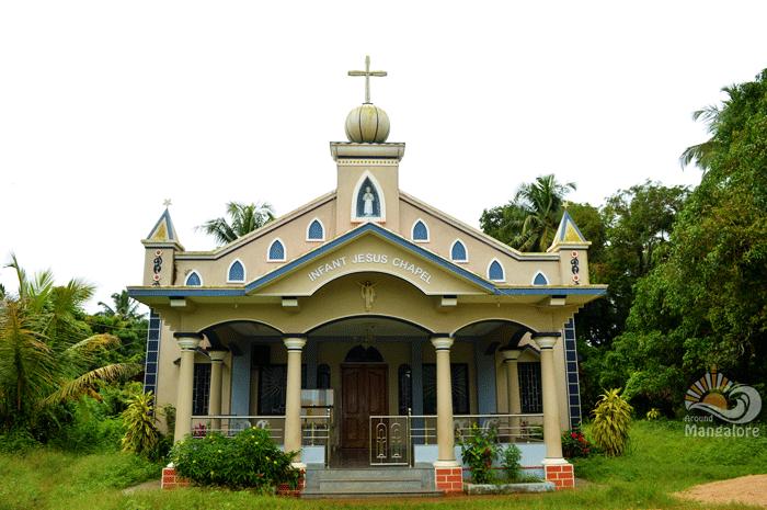 Infant Jesus Chapel - Pavoor Uliya Island :: AroundMangalore.com