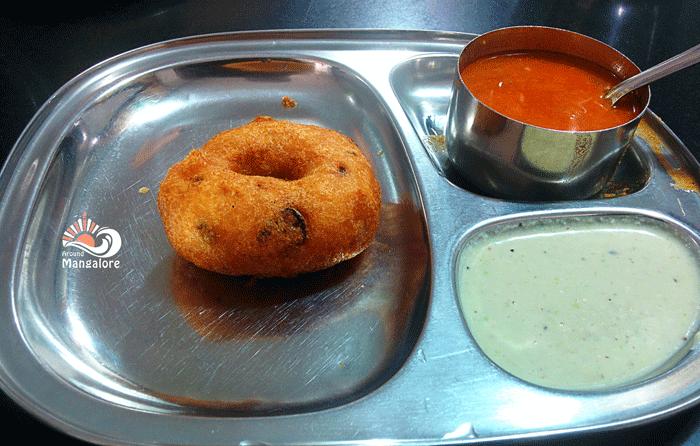 Vada - Sasural Veg Nourishment - Dinky Dine, Mangalore