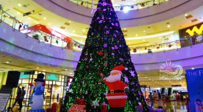 Christmas Tree - The Forum Fiza Mall, Mangalore - Christmas 2015