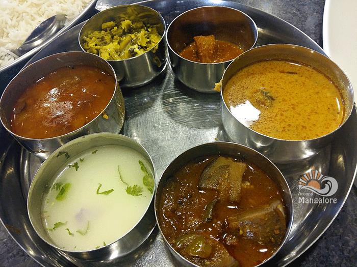 Meals-- Kairali Oottupura / Malabar Kitchen - Hotel Malabar Regency, Pumpwell, Mangalore