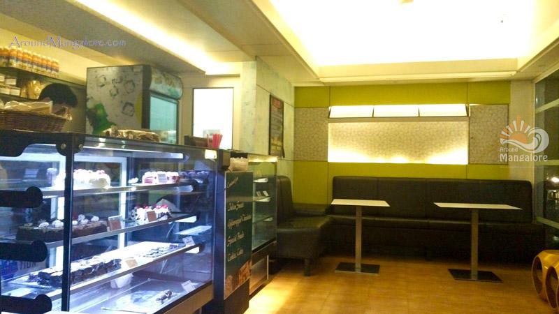 Yen Cafe - Light House Hill Road, Mangalore