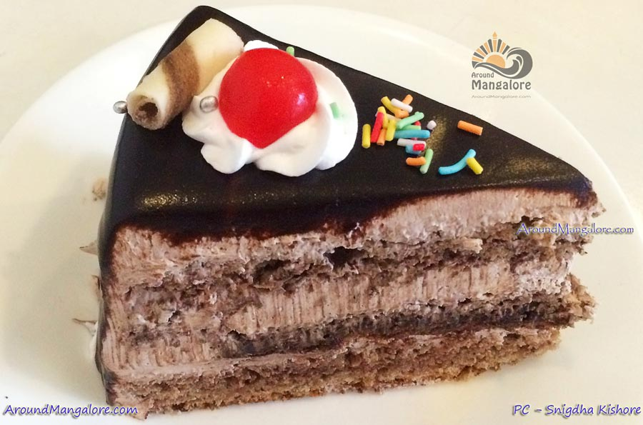 Sweet Chocolate Tooth - The Sweet Life - Cake Shop - Attavar, Mangalore