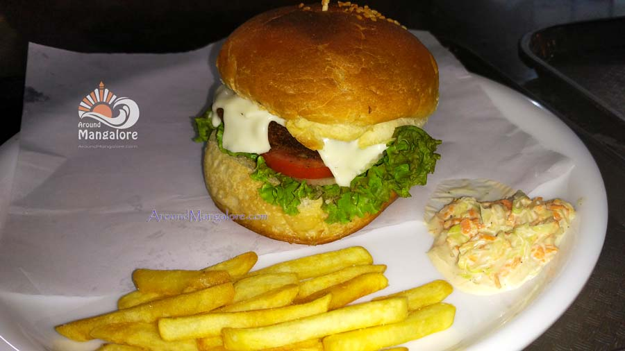 Classic Chicken Burger - Salt n Peppa - Bharath Mall, Mangalore