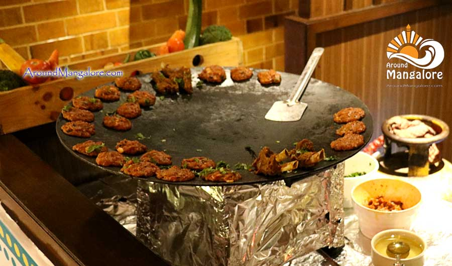 Dilli Wali Khau Galli - 2016 - Barbeque Nation, Mangalore