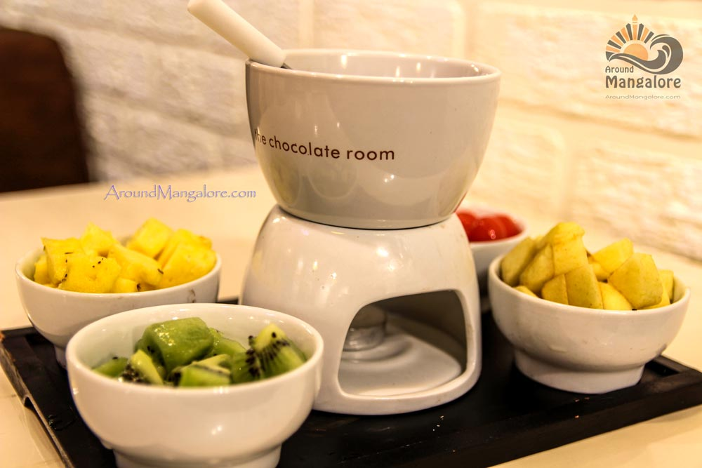 Fruit Fondue - The Chocolate Room, Empire Mall, Mangalore
