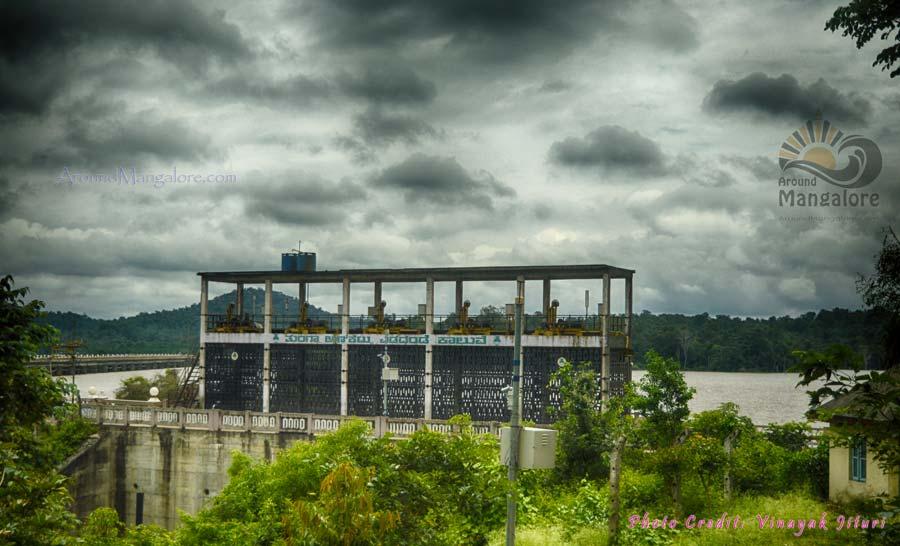 Tungabhadra Dam, Shimoga - AroundMangalore.com - Around Mangalore