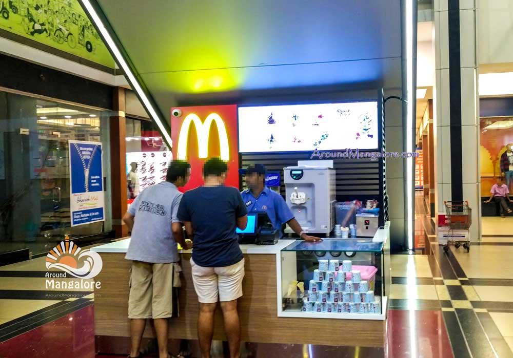 McDonald's - Ice Cream Counter - Bharat Mall, Mangalore