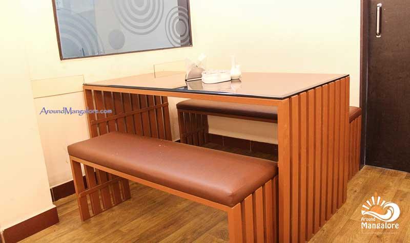 Hotel Mughlai Kitchen - Valencia, Mangalore