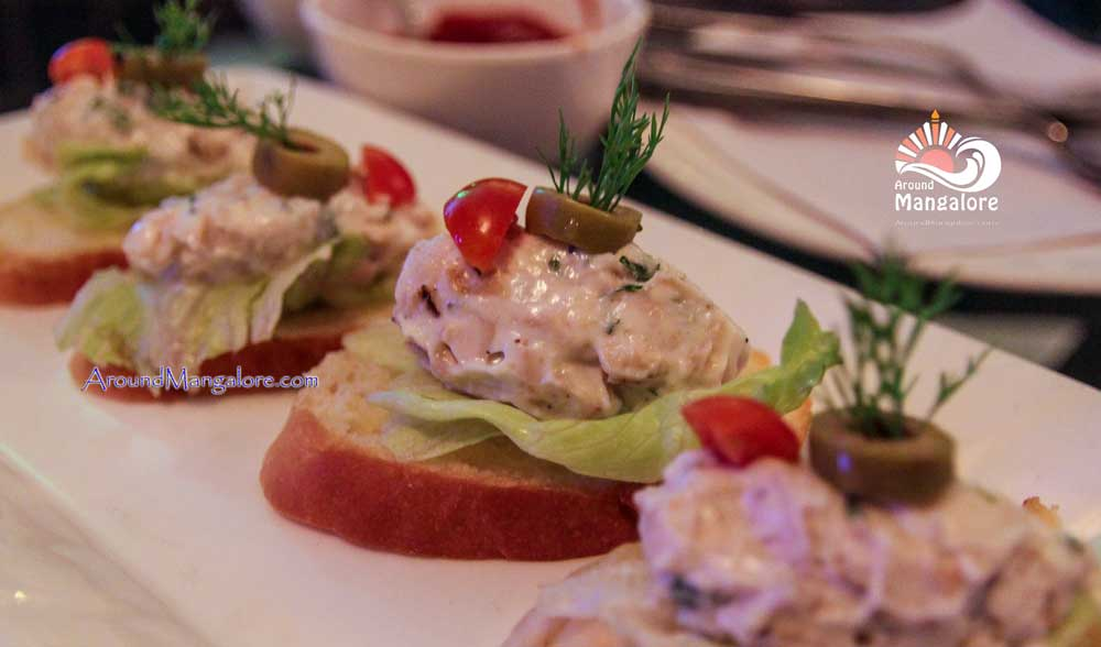Pollo Arrostito Bruschetta - The Jazz Lounge Bar - The Ocean Pearl, Mangalore