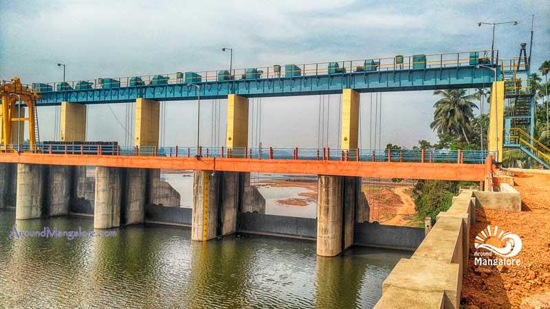 Thumbe Vented Dam - Kallige, Farangipet, Karnataka