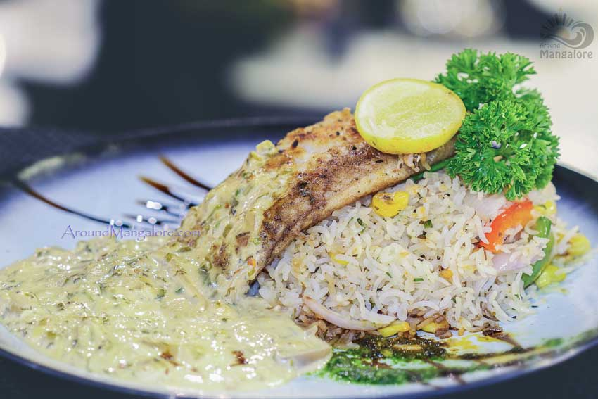 Spindrift 39 s thyme family restaurant bharath mall for Fish thyme menu