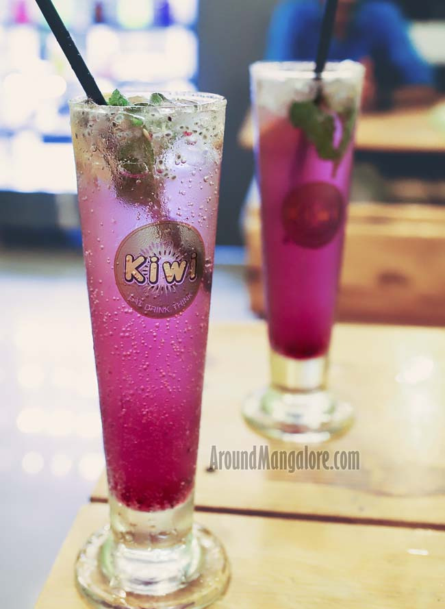 Magic Blueberry Fizz - Kiwi - Cafe - Pumpwell, Mangalore