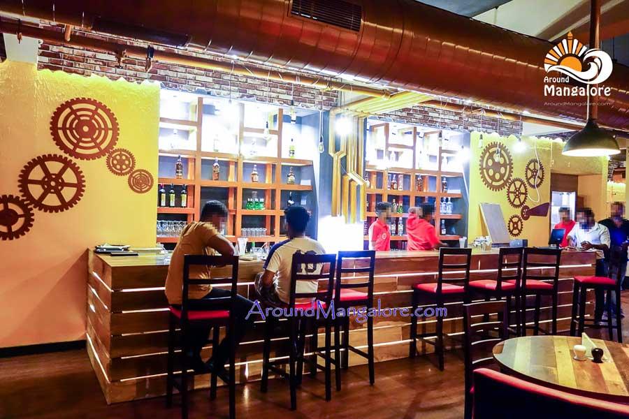 Boiler Room – The Urban Lounge Bar