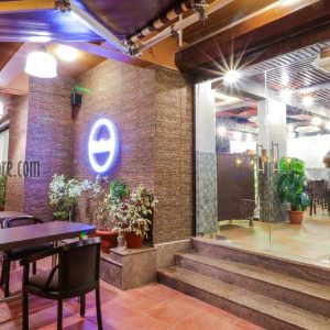 Red Rocks BournBon Bakery Cafe Sizzer 6 Kodailbail Mangalore P4 300x300 - Red Rock's - Sizzer 6 - Kodailbail