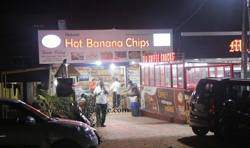 Hot Banana Chips – Tasty Kitchen – Near Nethravathi Bridge