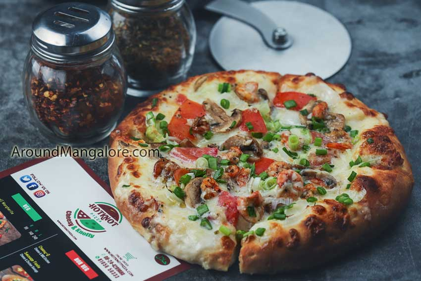 Hotknot Pizza - Attavar, Mangalore